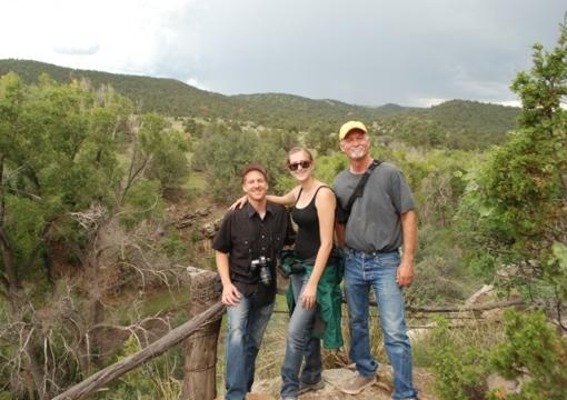 hike along Rio Bonito