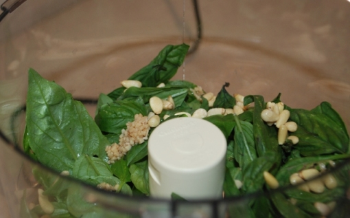pesto-ingredients-food-processor